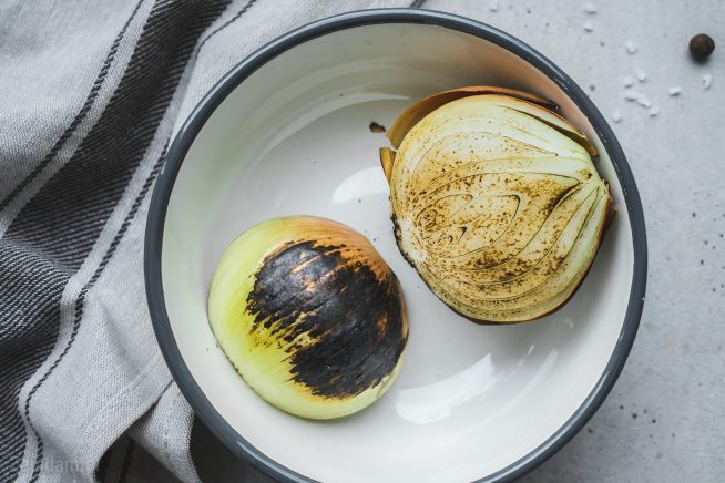 Rosół - Cebula opalona