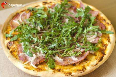 przepis na pizzę z rucolą