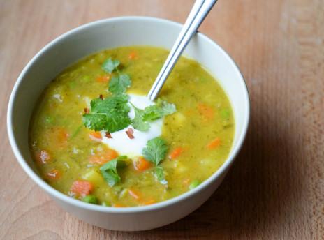 Warzywna zupa indyjska