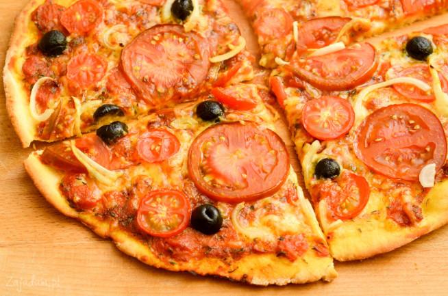 pizza-z-pomidorami-4