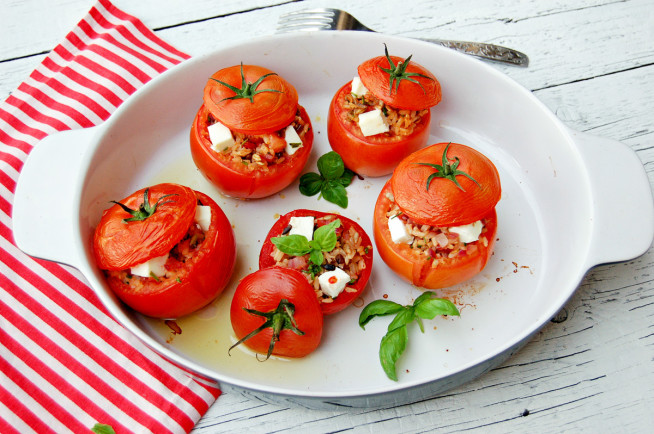 pomidory-faszerowane-2