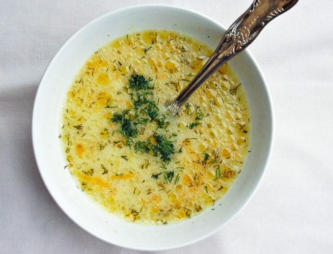 zupa-ogorkowa-przepis