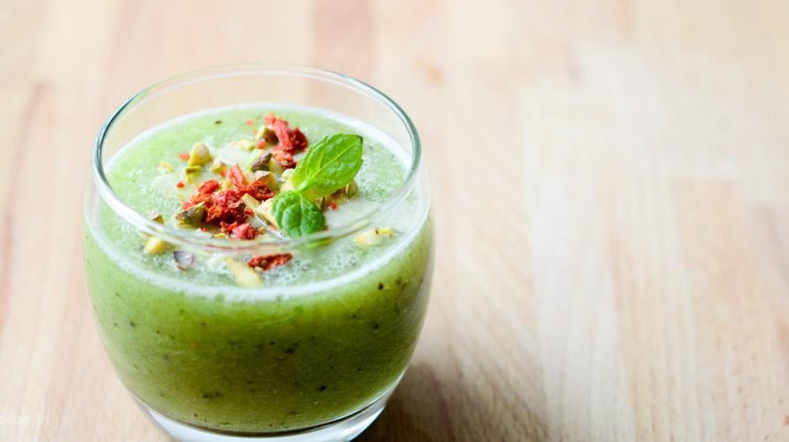Zielony koktajl z gruszki i kiwi