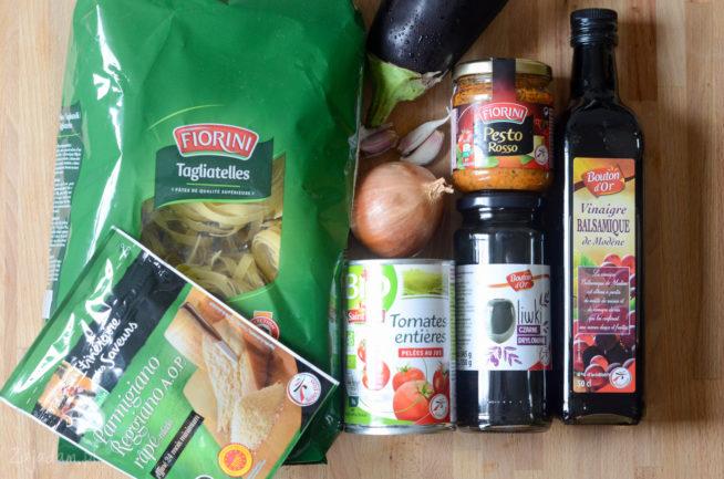 Makaron z bakłażanem i oliwkami