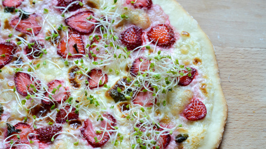 Pizza z truskawkami