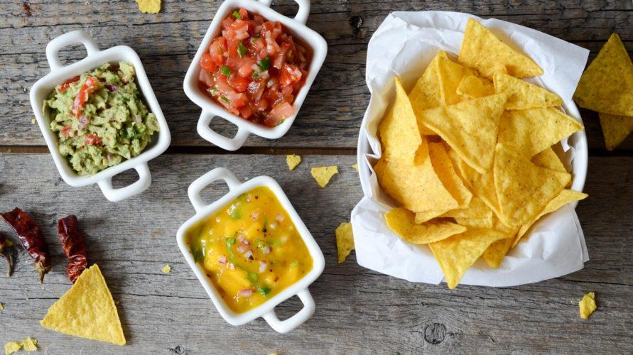 Meksykańskie dipy do nachos i tortilli