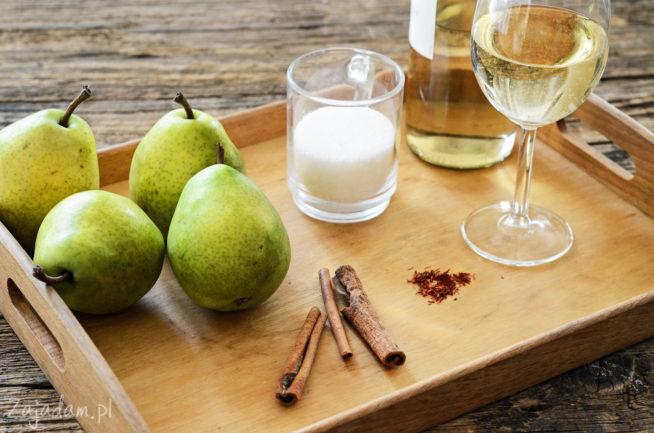 Gruszki duszone w białym winie