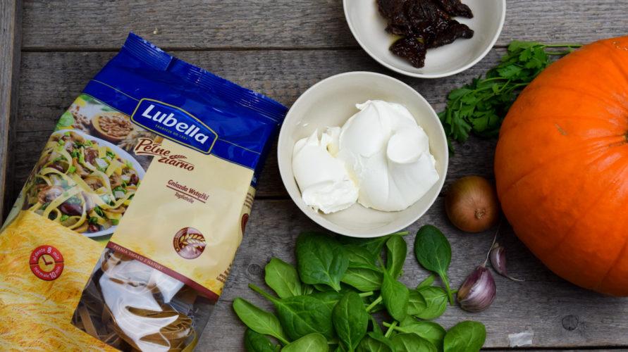 Makaron z mascarpone, dynią i szpinakiem – Światowy Dzień Makaronu