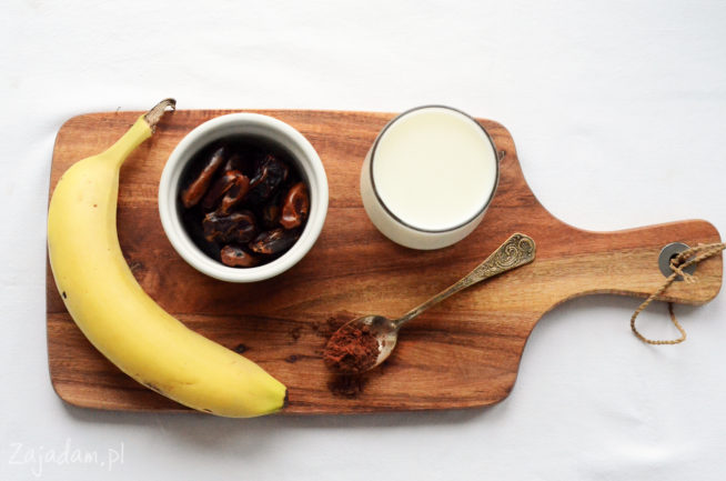 Koktajl z daktyli i banana