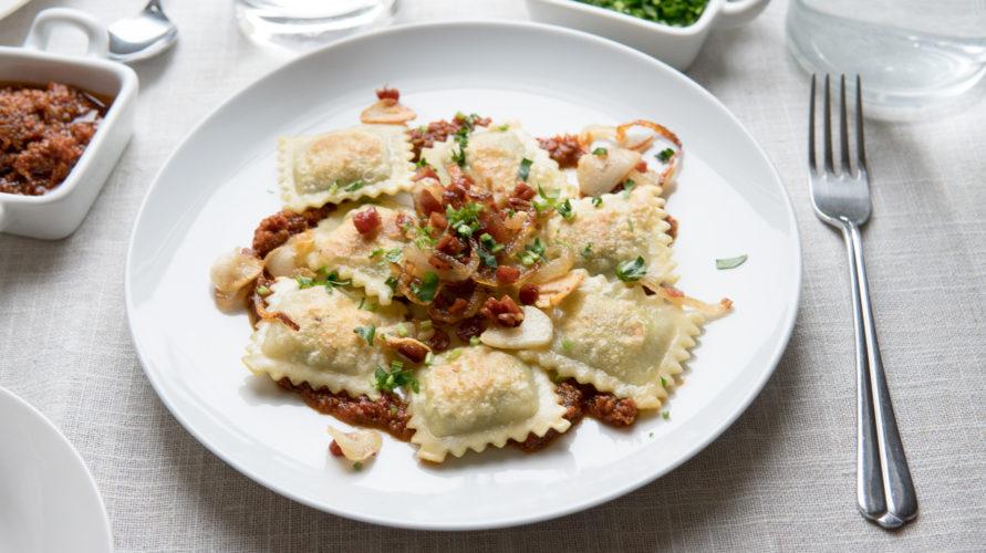 Ravioli z pesto rosso, czyli szybki obiad dla całej rodziny