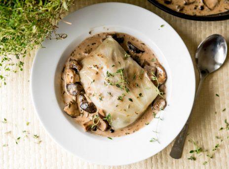 Gołąbki w sosie grzybowym