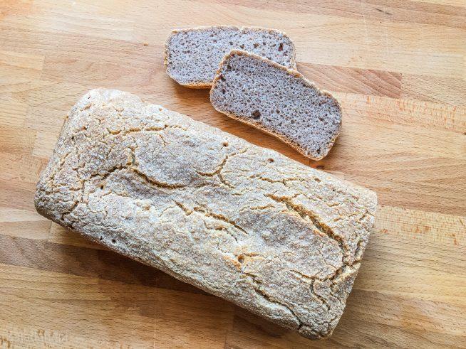 chleb bez glutenu z kaszy gryczanej