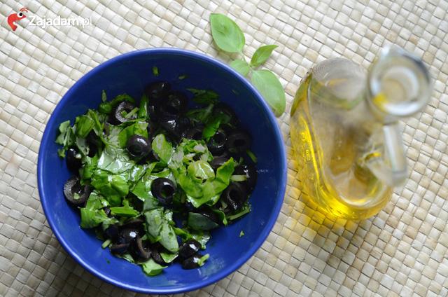grillowany-stek-z-tunczyka-salatka